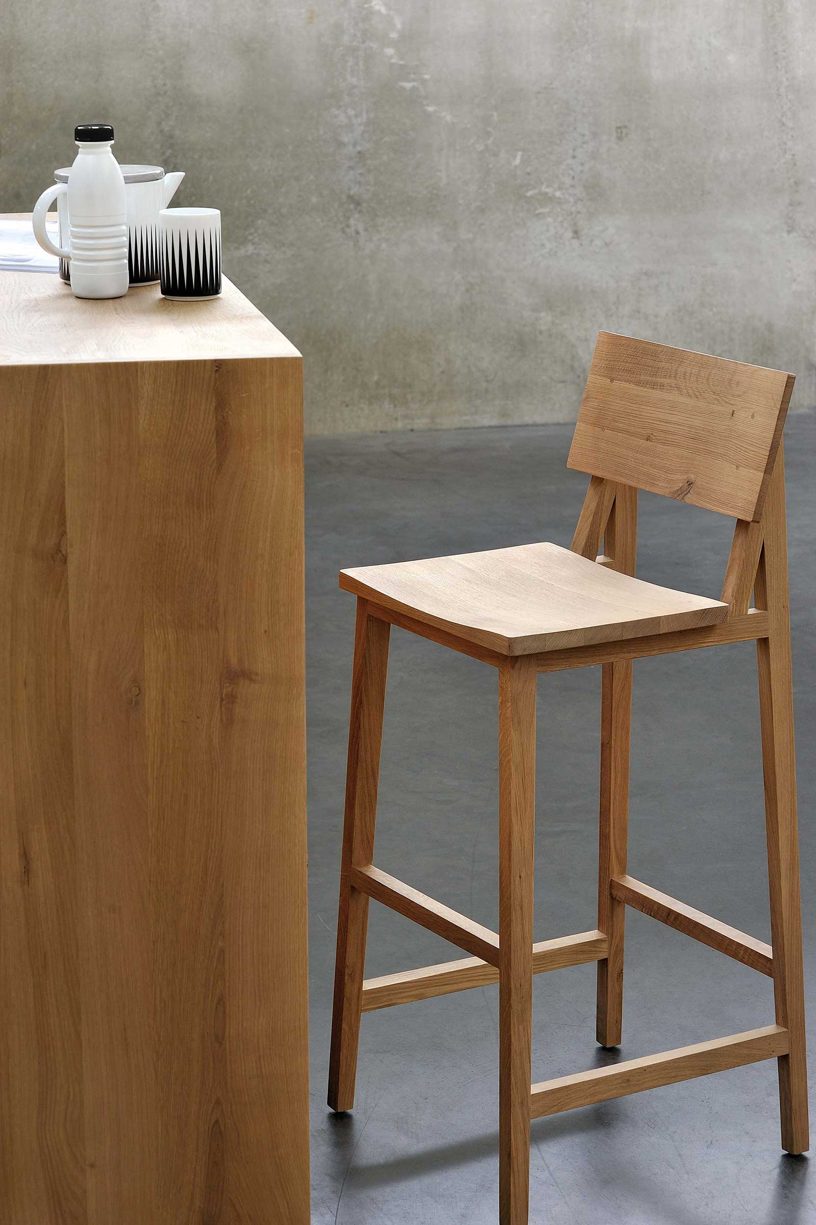 50688-Oak-N4-high-chair.jpg