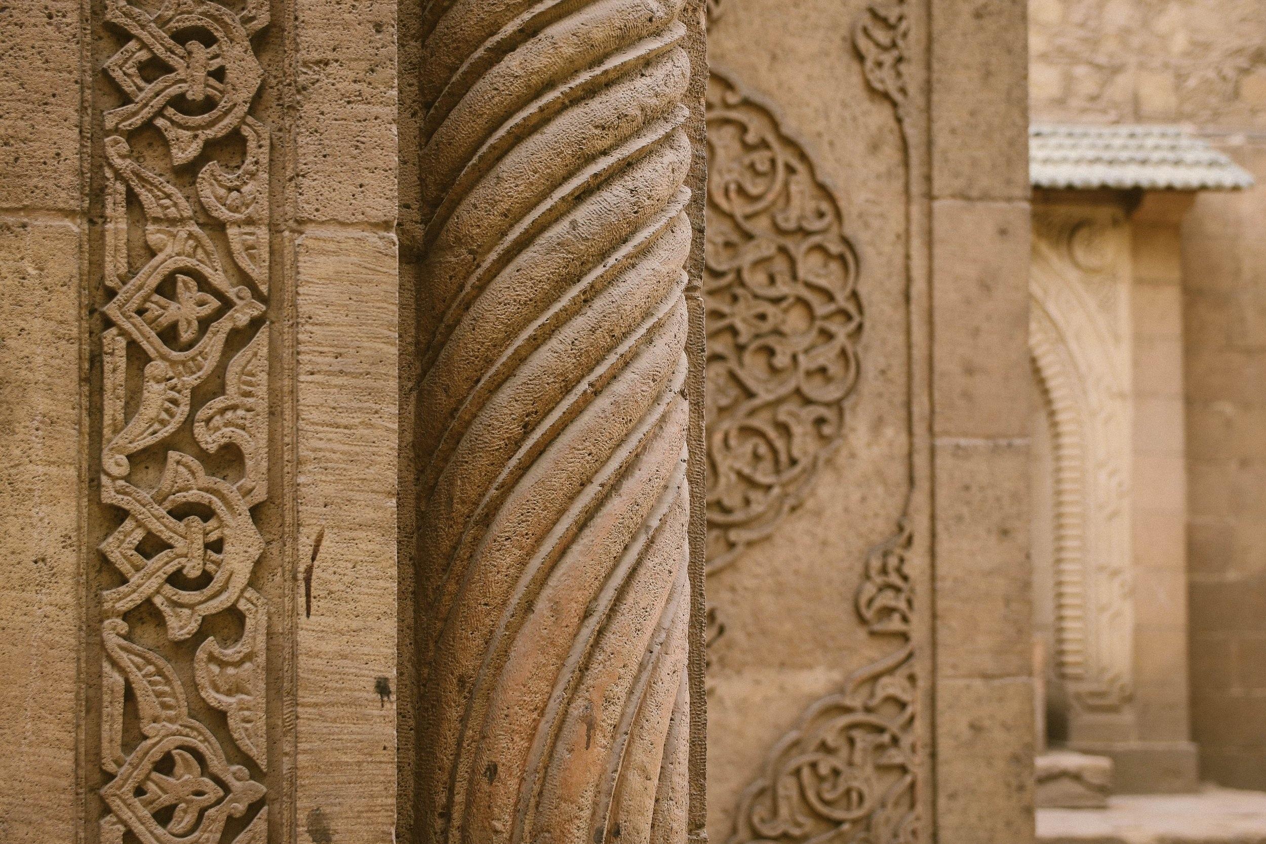 ancient-antique-architecture-1047277.jpg