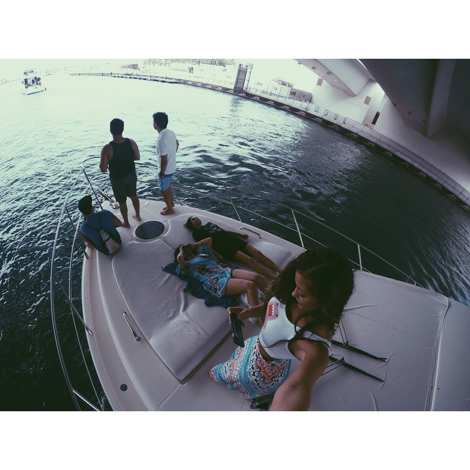 carla and friends carla maria bruno dubai yacht party marina jlt jbr boat travel influencer travel blogger travel vlogger lifestyle influencer lifestyle blogger lifestyle vlogger fashion travel tips tourism.jpg