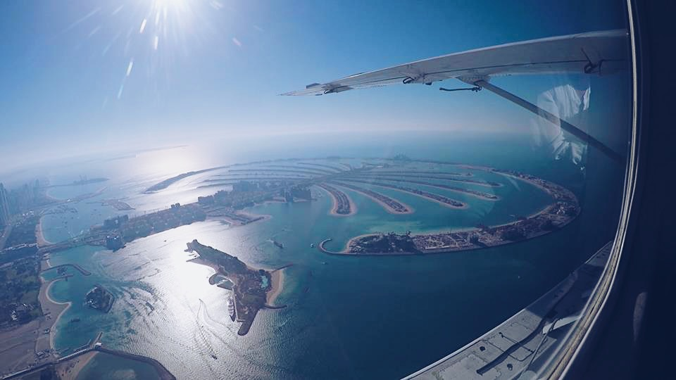 the palm island carla maria bruno travel influencer travel blogger travel vlogger in dubai with seawings dubai fashion and lifestyle blogger lifestyle vlogger lifestyle influencer bebe swarovski.JPG