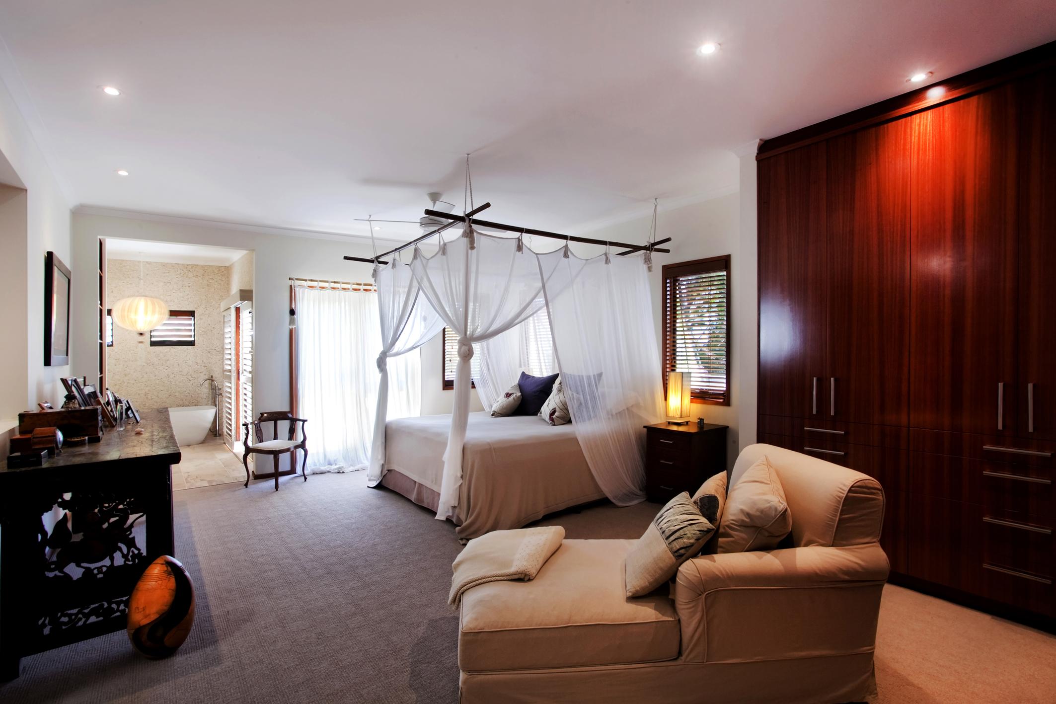 Quarterdeck bedroom after 2  027.jpg