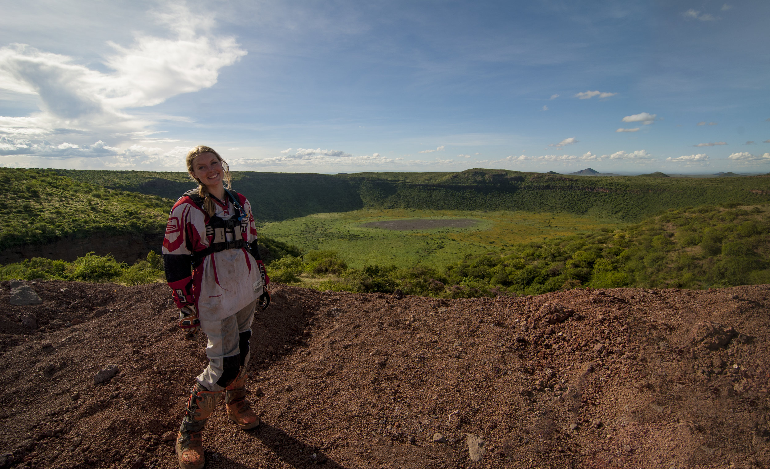 2.KENYA-MoyaleRoad_Crater_CLARE-WOWImages.jpg