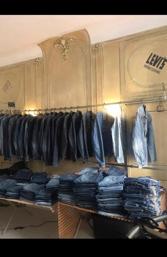 - Un max de Jeans