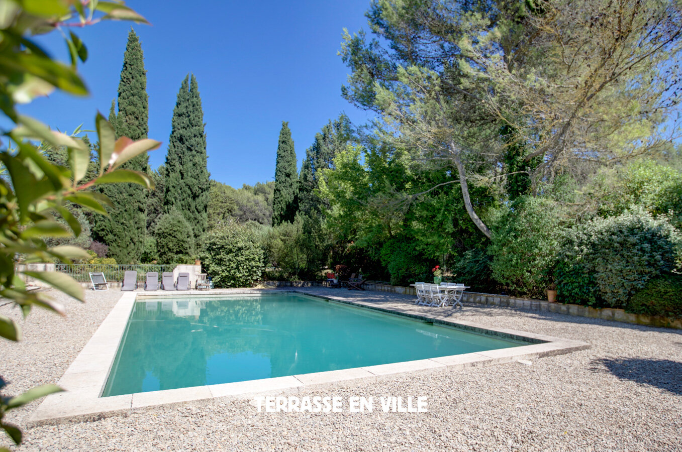 TERRASSE EN VILLE MARSEILLE-3.jpg