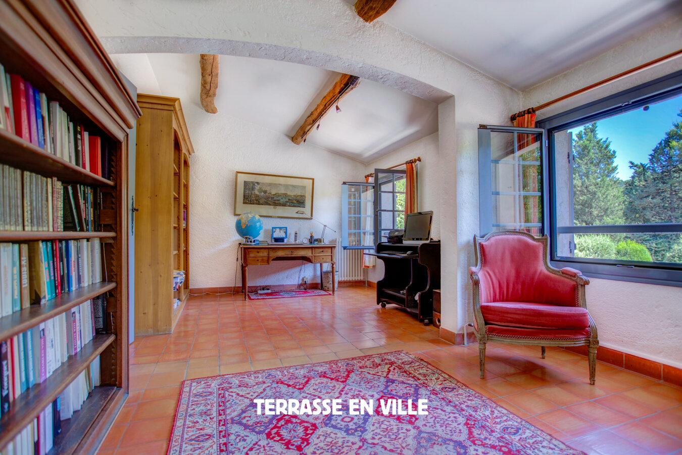 TERRASSE EN VILLE MARSEILLE-15.jpg