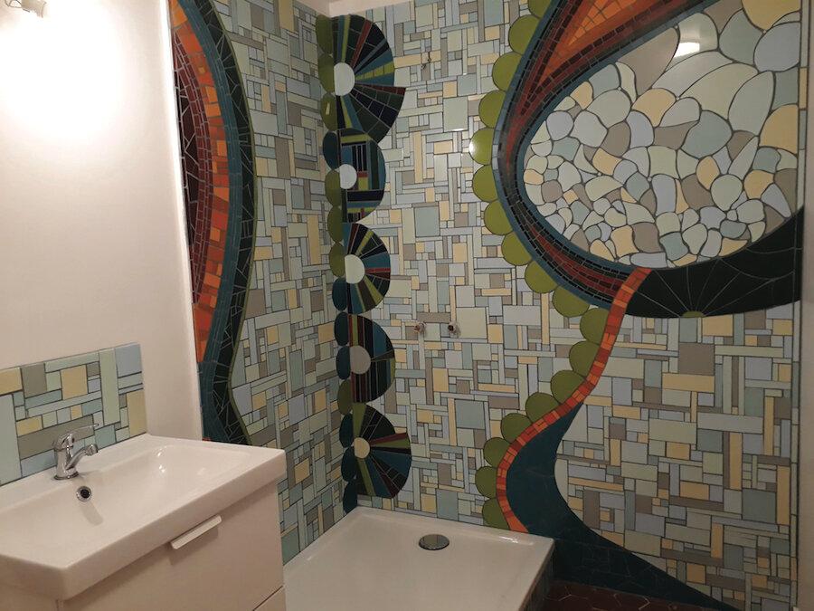 vanina-mercury-mosaique-marseille-sallebain-decoration-douche-fresque2 300dpi(2).jpg