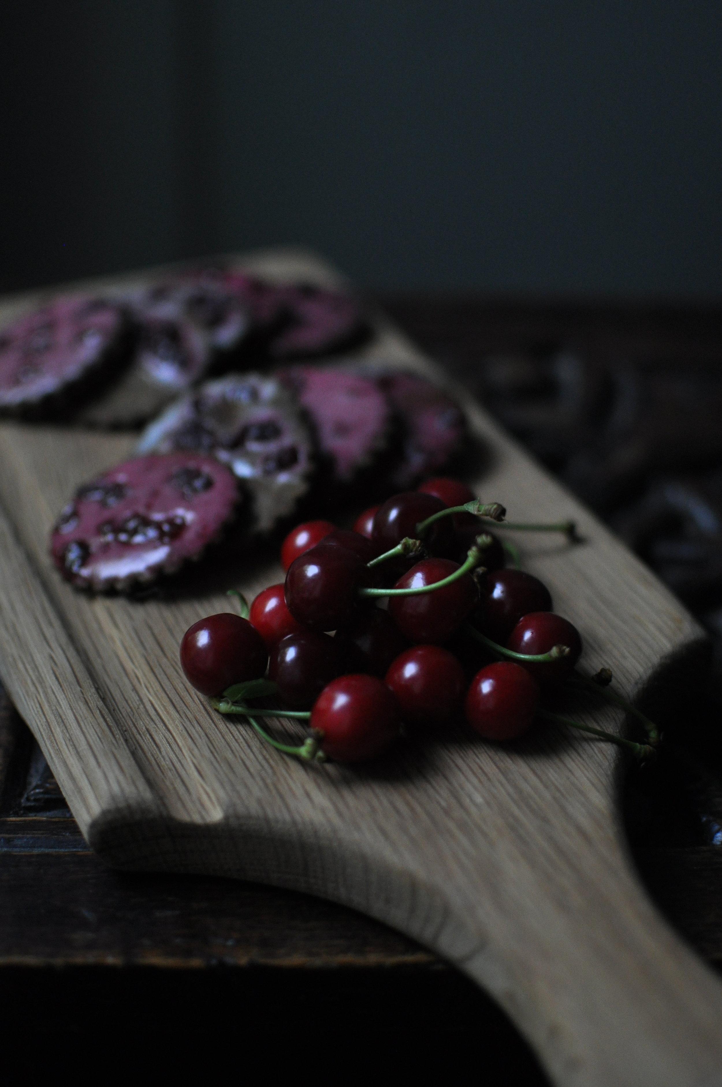 EMOSIWN Cherry Biscuits & Cherries DSC_1759.JPG