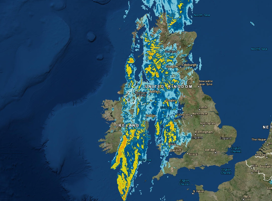 Latest rainfall radar showing the current areas which is seen rainfall from 2:40pm.