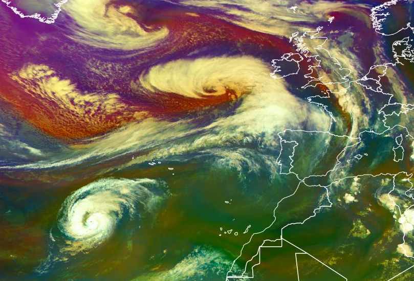 First image is showing the different air mass with cold air to the north and warmer air mass to the south. On the first image you will notice Storm Callum of to the southwest and west of Ireland and Hurricane Leslie of the west coast of Africa and the Canary Islands