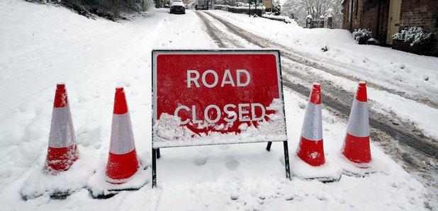 snow-road-closed-1512980659-herowidev4-0 (1).jpg