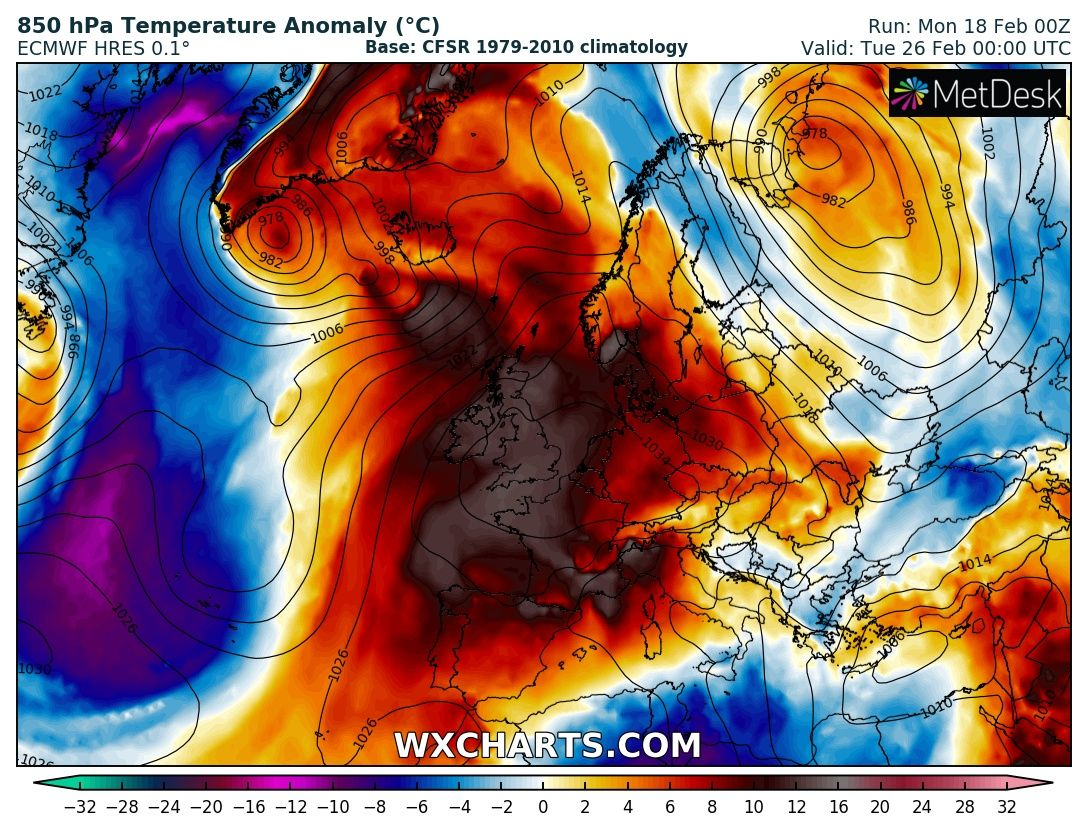 High Pressure over Ireland next weekend with very mild air.