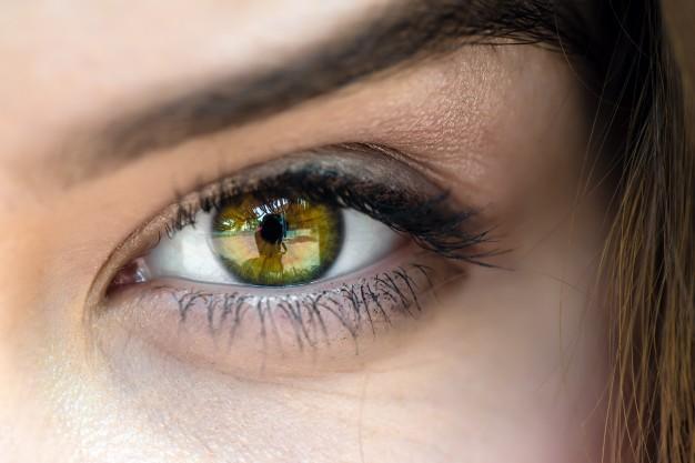 eye-close-up_2221-581.jpg