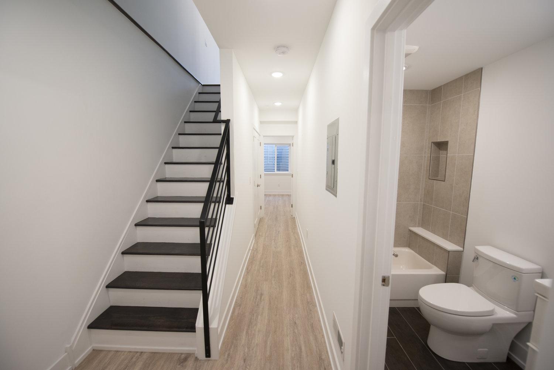 Unit 1 Hall/Bath