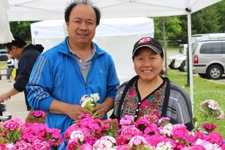 Cher's Garden - Located on the North side of Madison, Cher's Garden has a 7 acre family garden, on which we grow and harvest fresh fruit, vegetables and flowers. Our home-grown flower bouquets are perfect for any occasion.