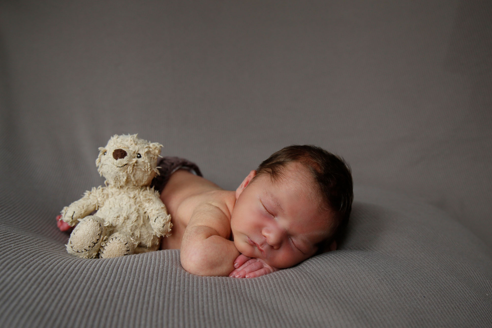 newborn-photography-berkshire-hampshire-50.jpg