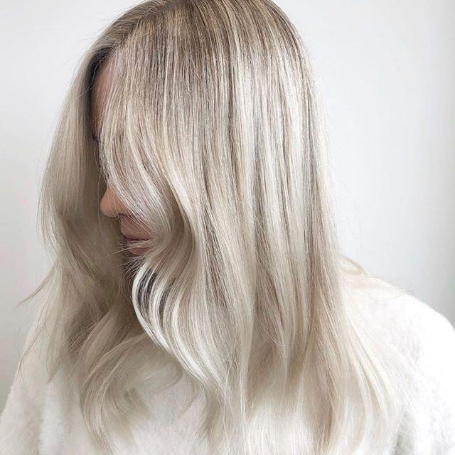Cool tones 💙 Hair by @haleyannepeterson @labiosthetiquecanada @labiosthetiqueparis #pcctreatment #labiosthetique #labiosthetiquecanada #ariandblair #ariandblairsalon #calgarysalon