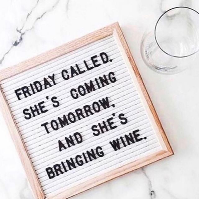 Love ❤️ Wine 🍷and Weekends #ariandblair #ariandblairsalon #yychair #yycsalon #calgarysalon #calgaryhair
