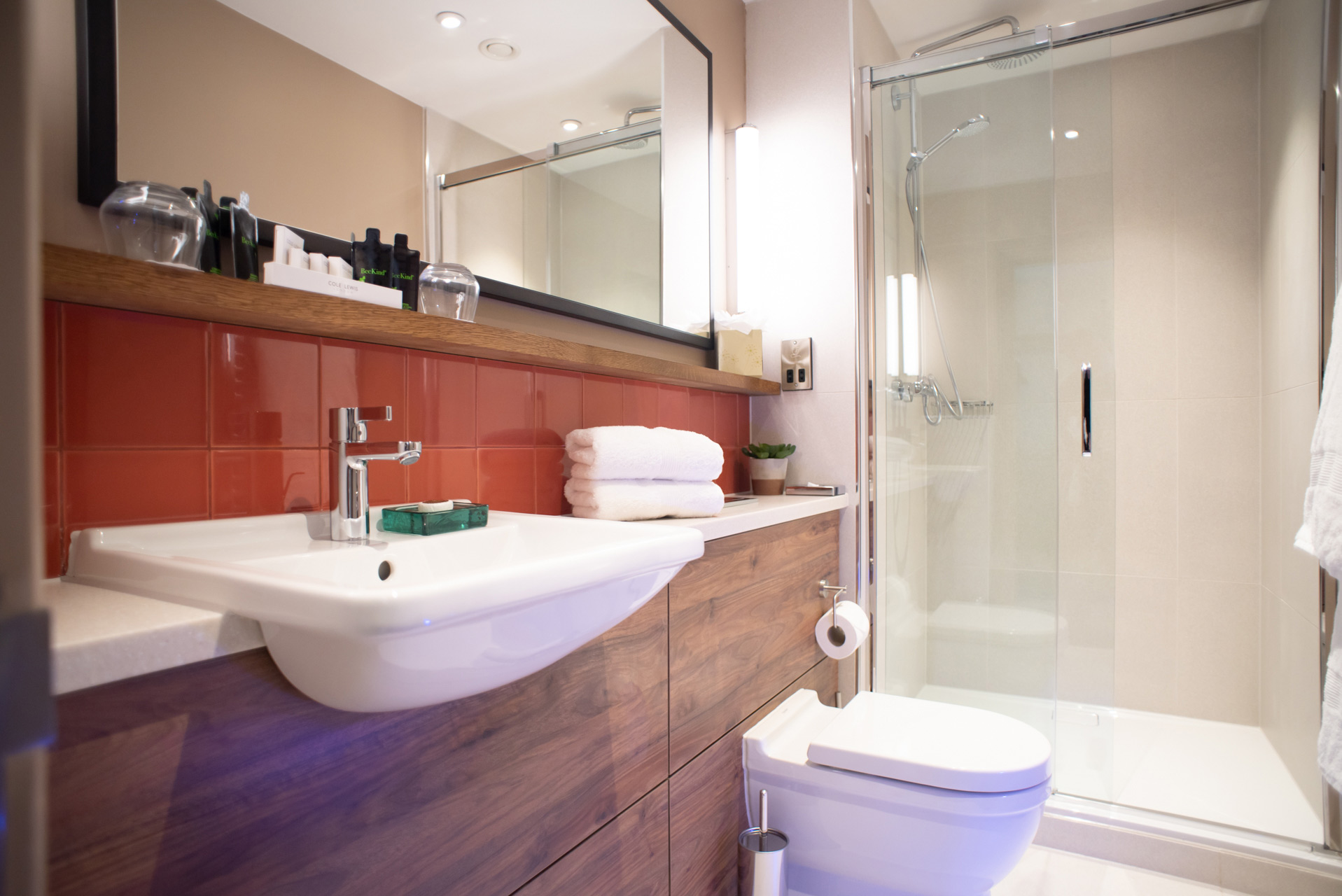 The-Counting-House-STD-Bathroom.jpg