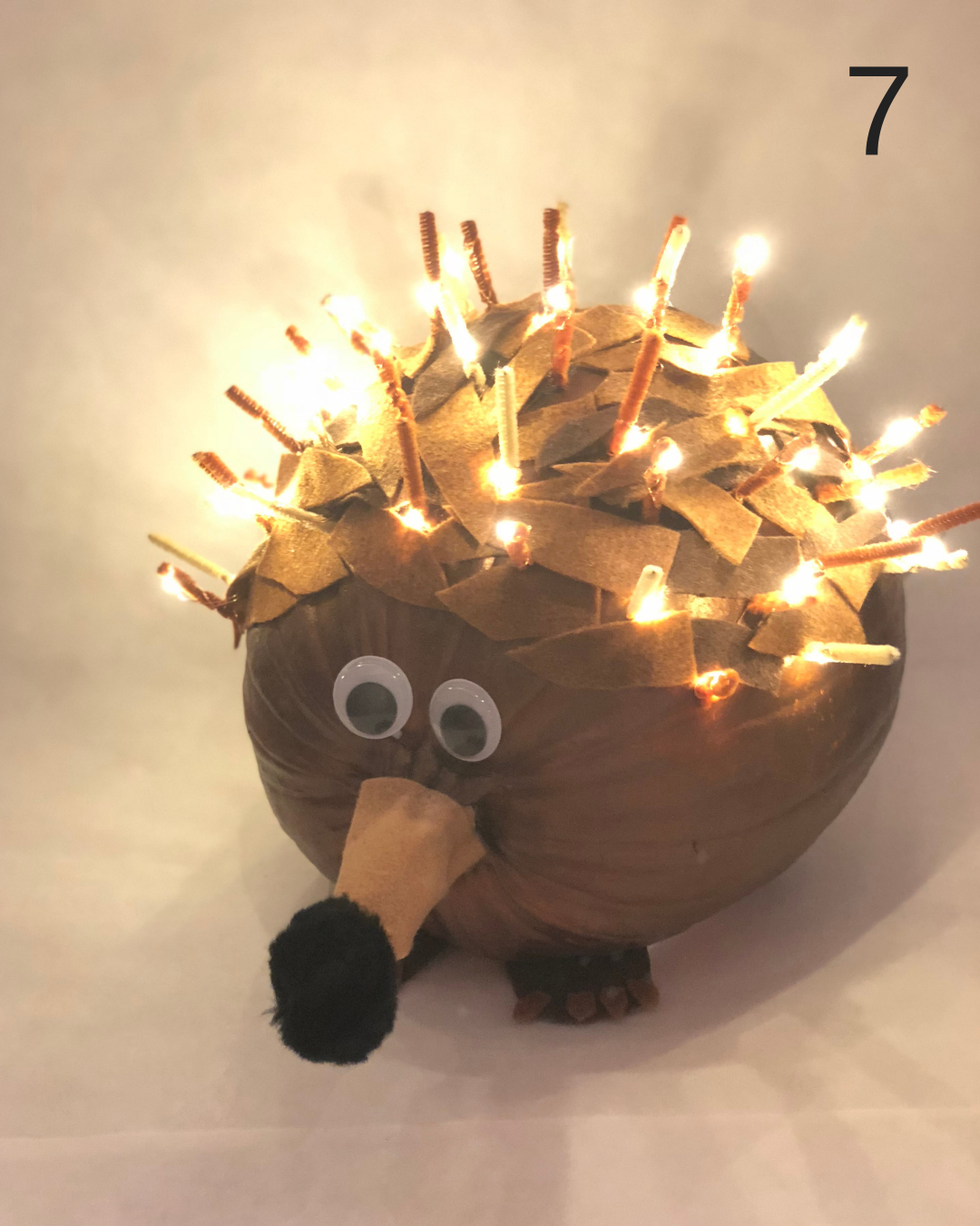 - Don't you just porcuPINE after this pumpkin?