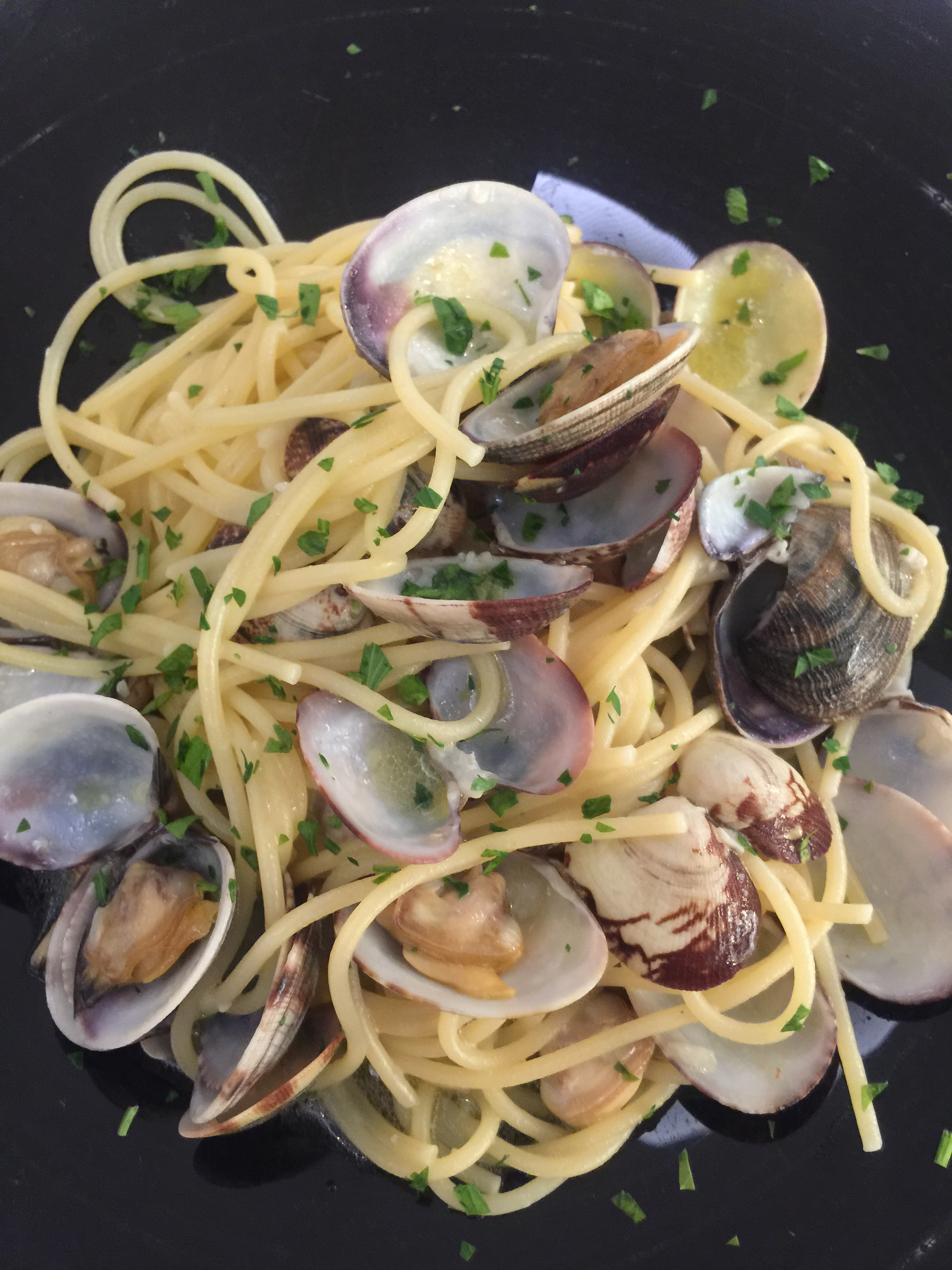 Spaghetti alle vongole, a must-have