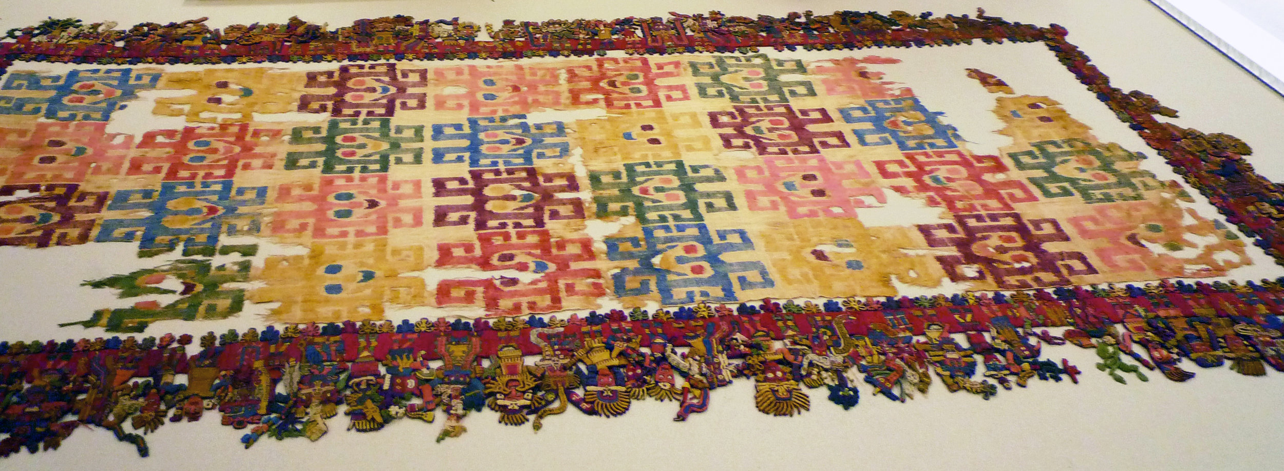 Paracas Textile.jpg