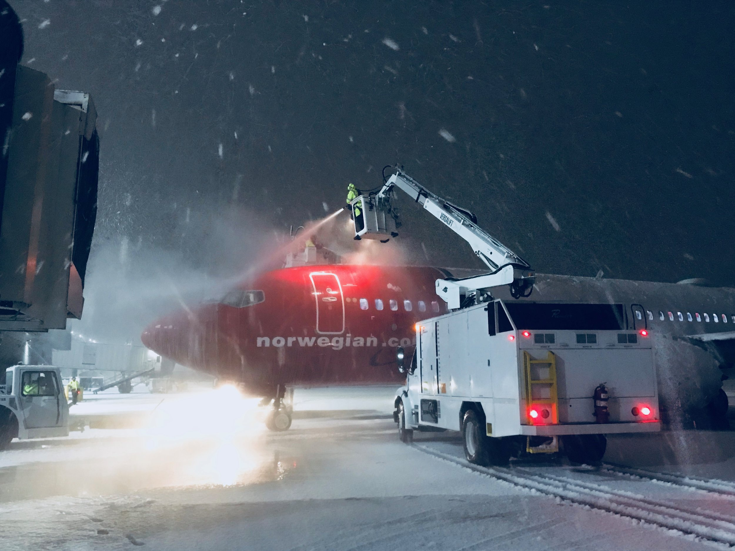 Deicing services at TF Green Airport, Providence, RI.