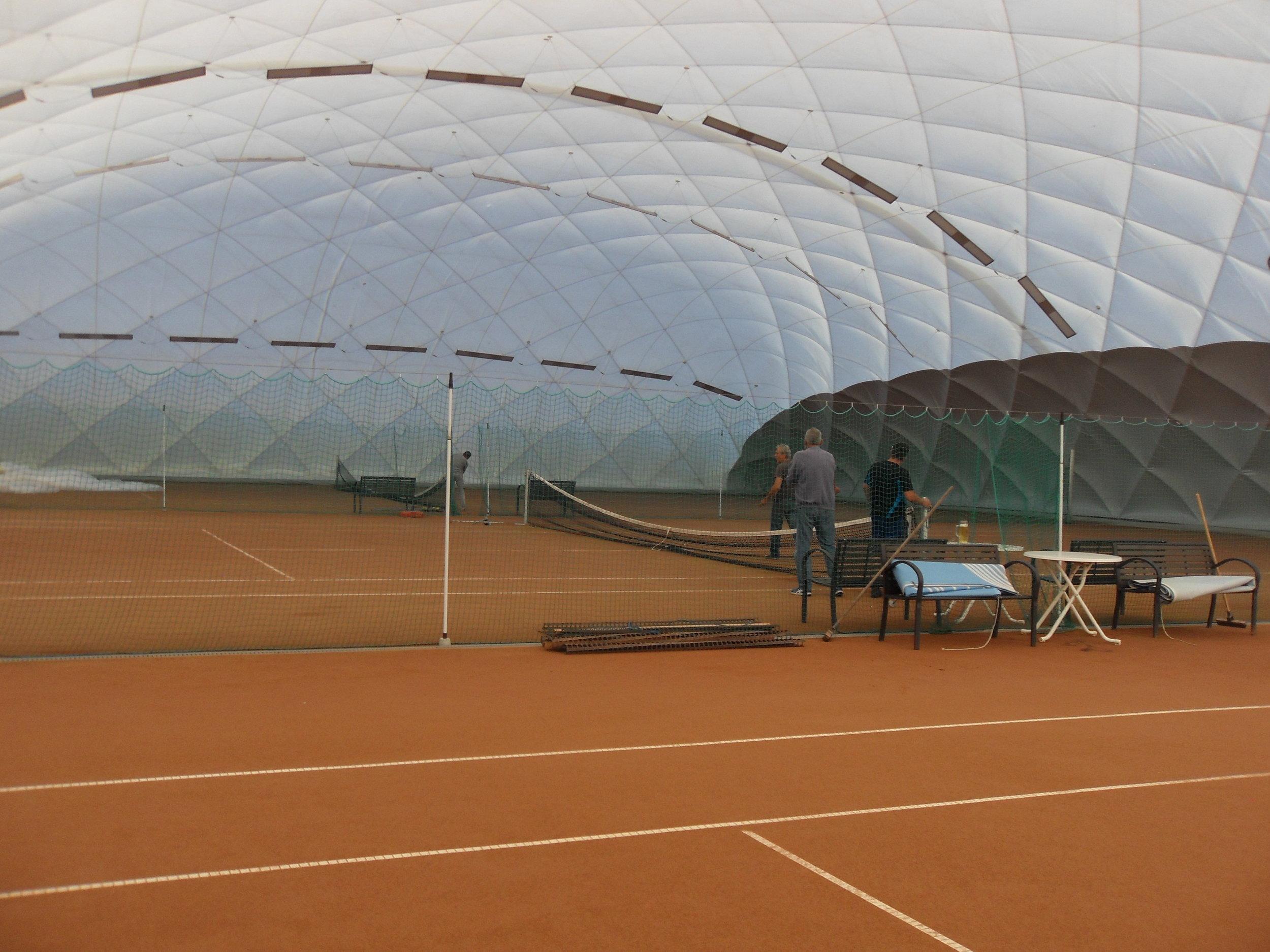 Tennishalle Dettingen - Buchen Sie Ihren Platz