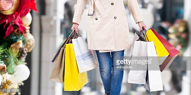 Shopping = Movement - Shopping is movement but you can increase the effects of it with a few quick changes. Check out how you can increase your movement while shopping with these helpful ideas.