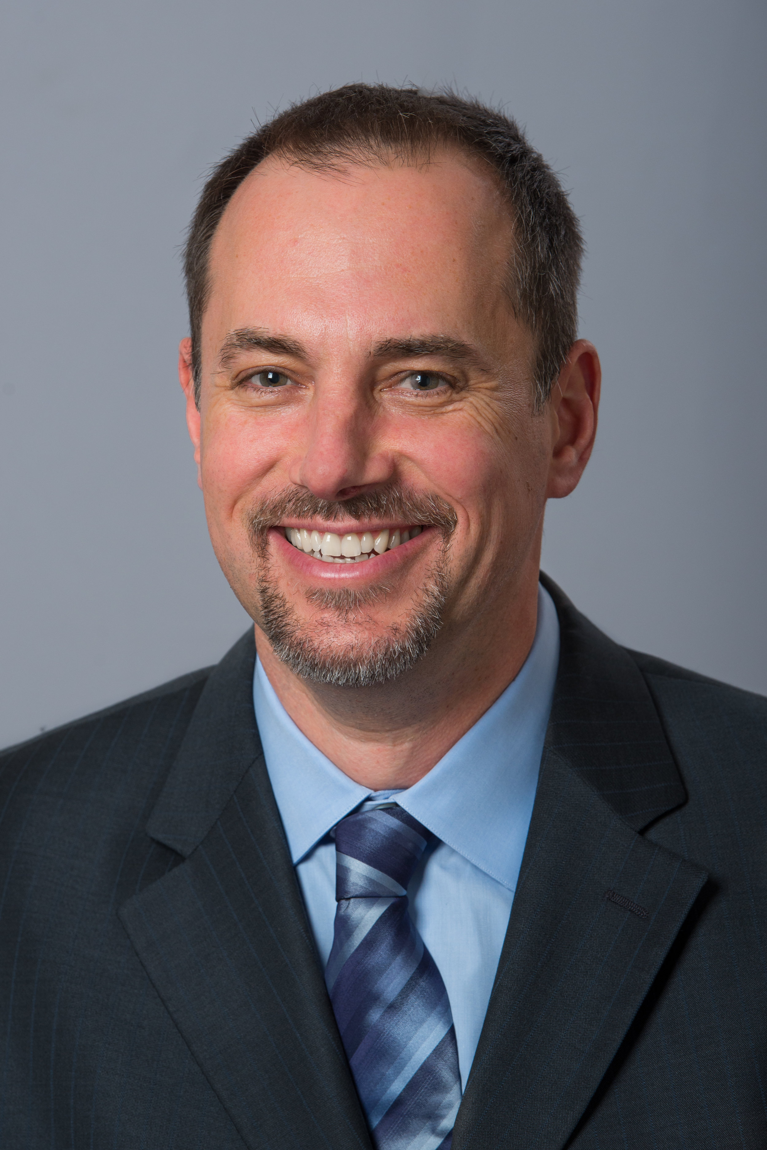 Dr. Michael J. D'Amato - Dr. D'Amato is a board certified orthopedic surgeon and specializes in shoulder and knee injuries. He has trained with team physicians for multiple professional sports teams such as New York Jets, New York Rangers, New York Islanders, Chicago Bulls and Chicago White Sox.Learn More ->