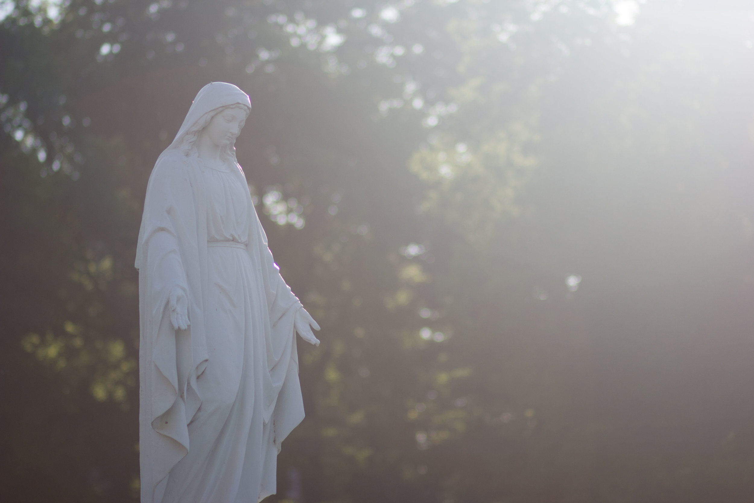 immaculata-statue-2.JPG