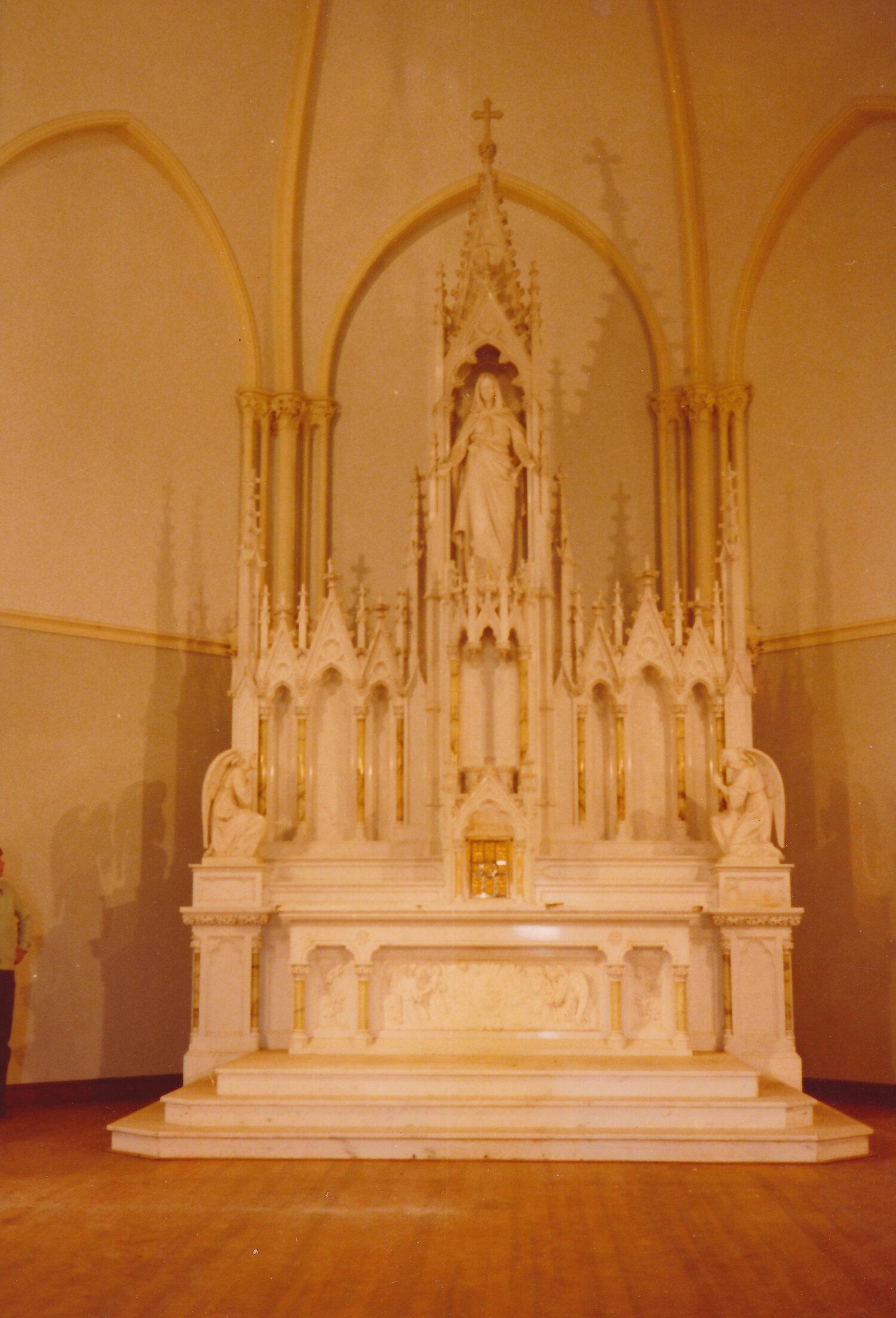 190925-immaculata-inside-5.JPG