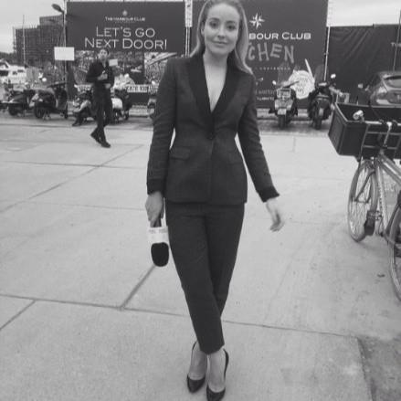 Tanja Kok - Presenter | Fashion Model | Writer Freelance