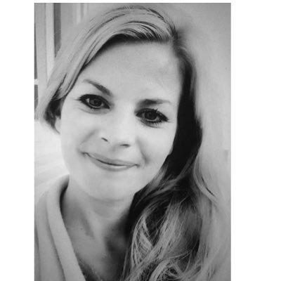 Claudia Lambrichs - Founder⎾C L ‐ H R ⏌