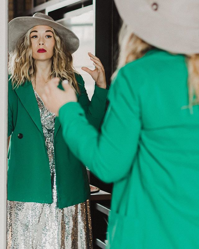 "Thank you @mnmomag for the feature (link in profile) on the ""Shop My Closet"" event! It's almost sold out (10 tickets left). We are taking over some of the gorgeous hotel rooms at @canopyminneapolis and featuring things from @jahnapeloquin @caitlin_karolczak @stephaniesshop @jessicazerby @juneresale and @milana_stile // While you are shopping sustainably, you can also sip sustainably thanks to @prairieorganic . Oh and this event is free 🎉Styling by @stylesparklesmile and photography by @cindiyang"