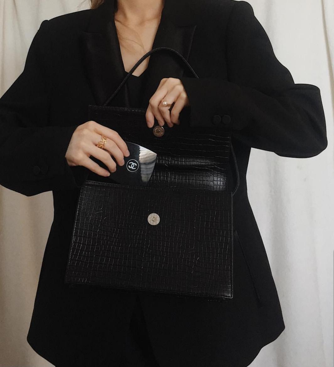 @lisa.villemaire - Wearing Diploria Signature Ring.