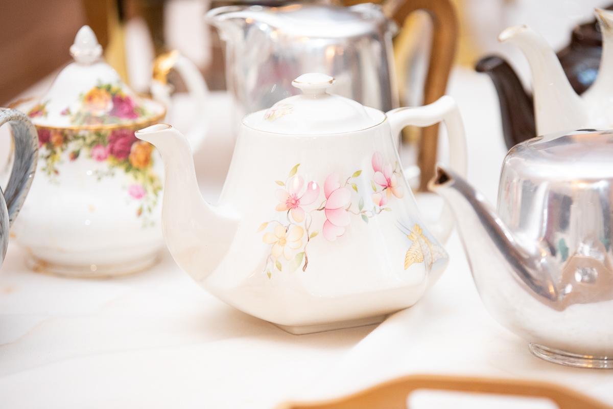 Irish tea and tea pots at Boston wedding.