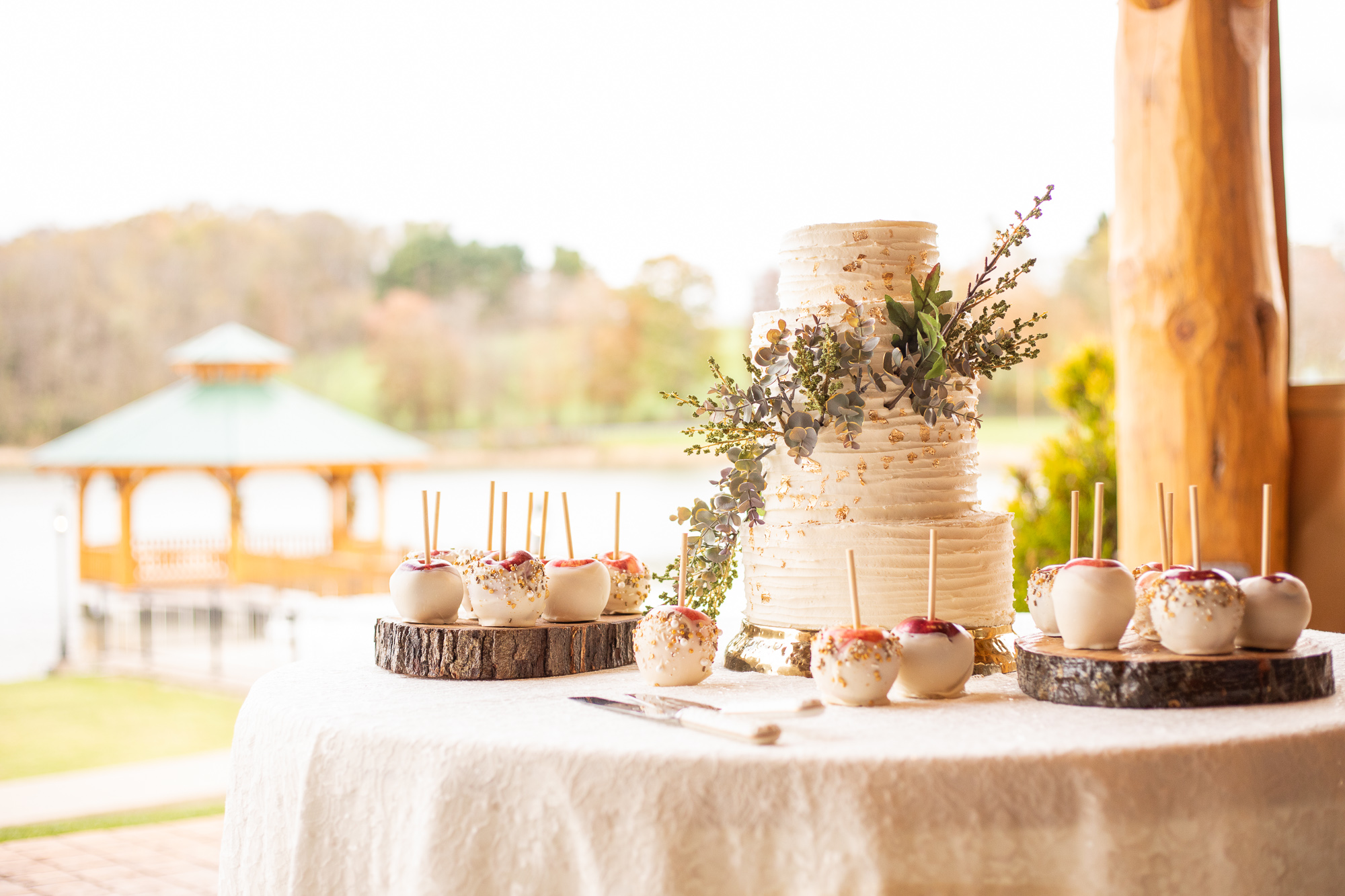 Nizhoni Bakery wedding cake and candied apples at autumn wedding styled shoot.