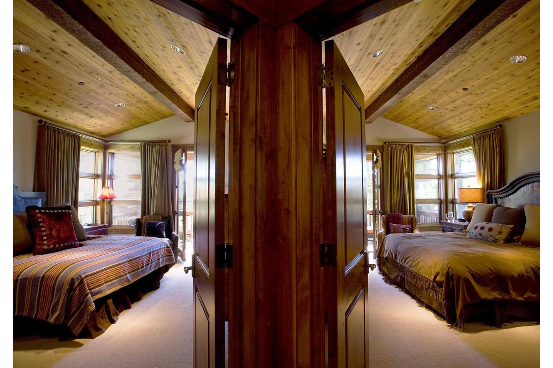 Two adjacent guest bedroom