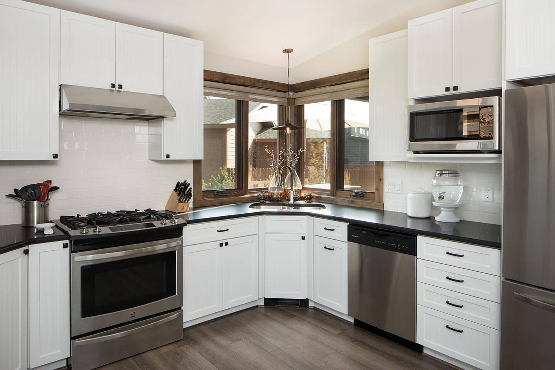 White and grey kitchen theme