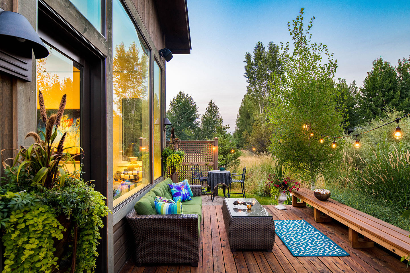 Private back deck