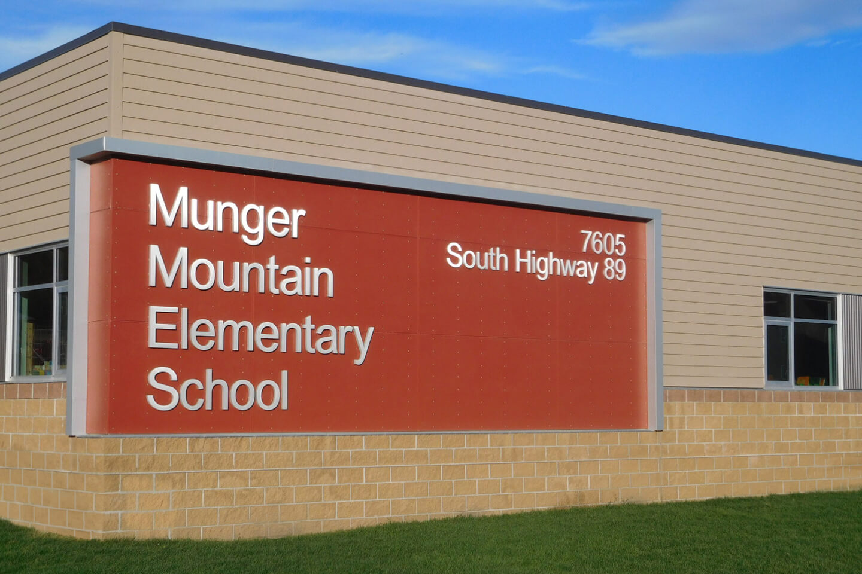 Munger Mountain Elementary School signage