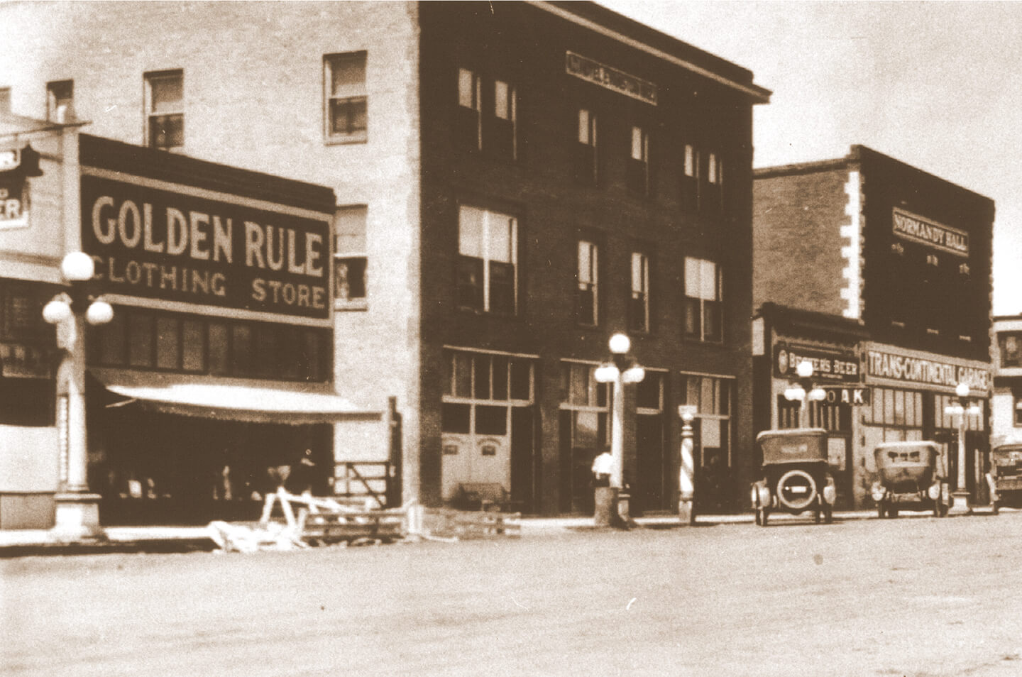 Old photograph of Hotel Evanston