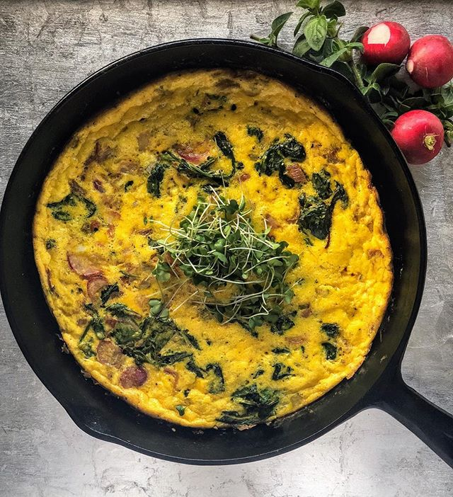 Is this not the most beautifully yellow frittata you've ever seen?! 💛🐓 Find out the secret to getting this golden hue in today's blog post, along with my Rainbow Chard and Radish Frittata recipe! 🤗🥚
