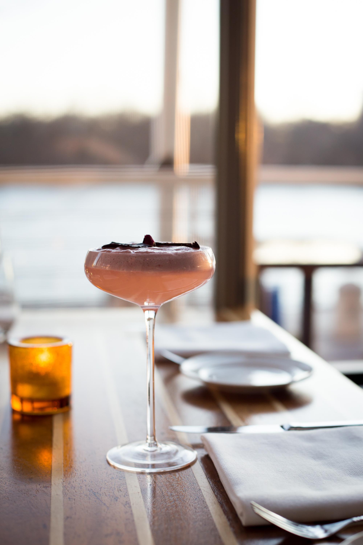 Fiola Mare Cocktail.jpg