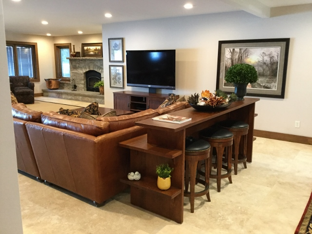 Laud_Living Room 8.15.17 (9) (640x480).jpg