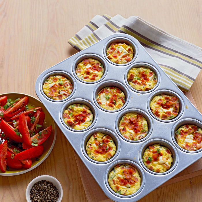 mini-ham-and-egg-casseroles-0408-rr-mp02-01.jpg