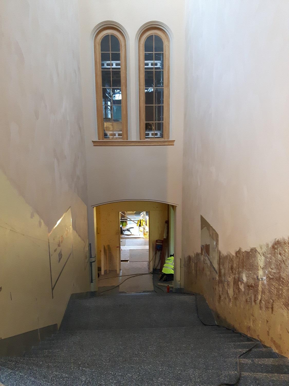 Trappehall_ådra vindauslister_Naturhistorisk museum_Bergen.jpg