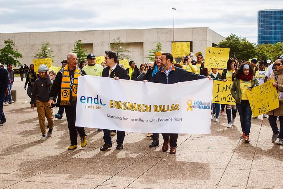 2019 dallas march pic with dr dulemba and banner.jpg