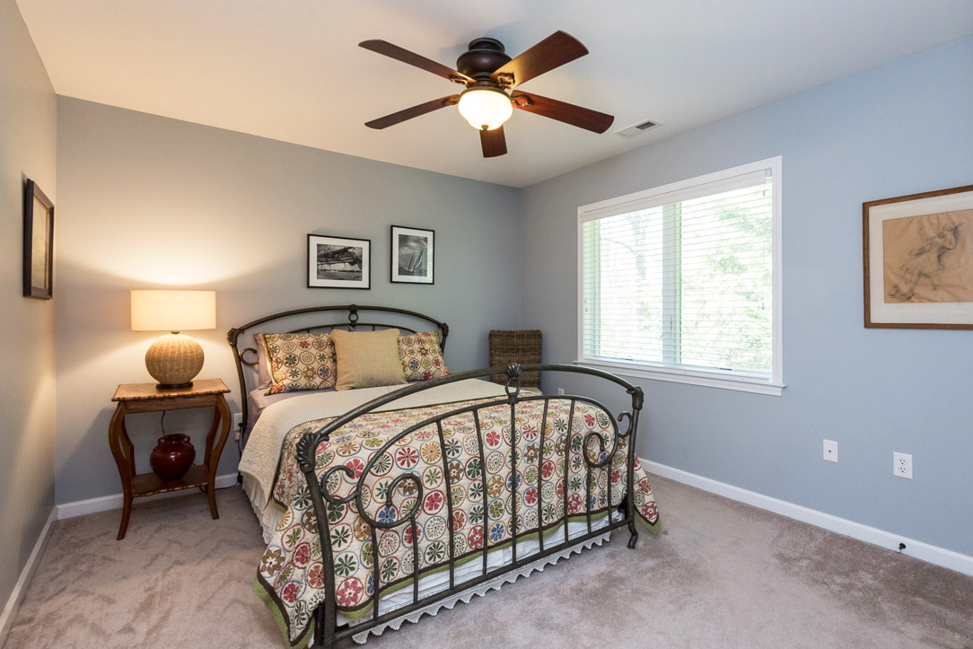 clover-oak-co-stagedtolive-arnoldmd-bedroom.jpg