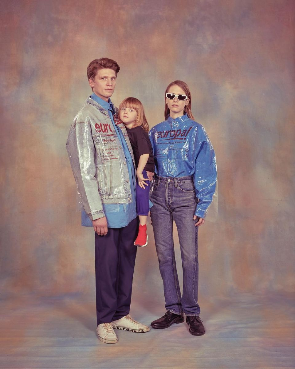 balenciaga-mens-ss18-fashion-campaign-2.jpg